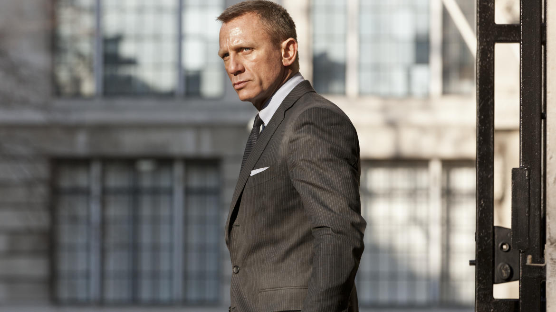 James Bond ist immer gut angezogen. Das können Sie auch sein
