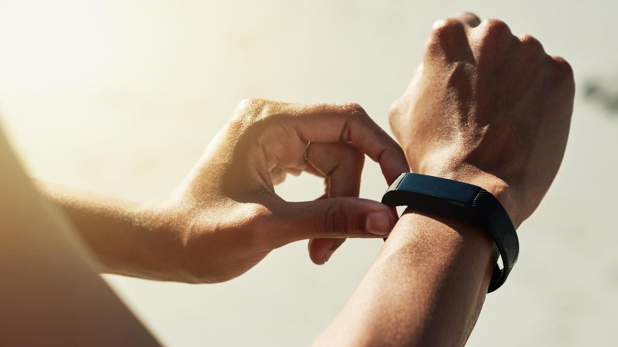 Fitnesstracker haben die Stiftung Warentest nicht überzeugt - die Experten empfehlen Smartwatches zur Messung von Aktivitäten