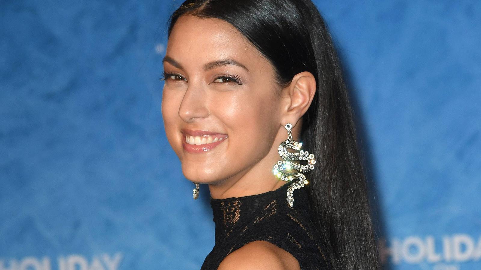 Rebecca Mir ist seit 2015 mit dem Profi-Tänzer Massimo Sinató verheiratet.