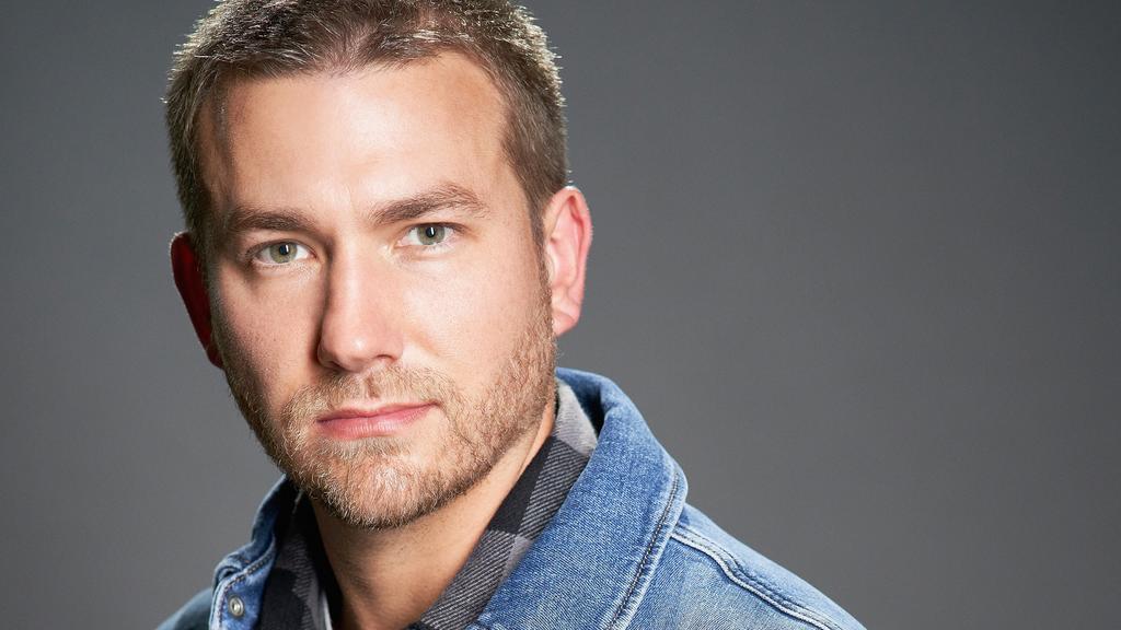 Christopher Patten spielt Marc Schaffrath, Polizist in Dortmund