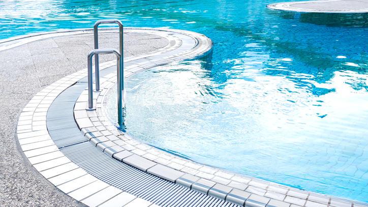 Symbolbild Schwimmabd