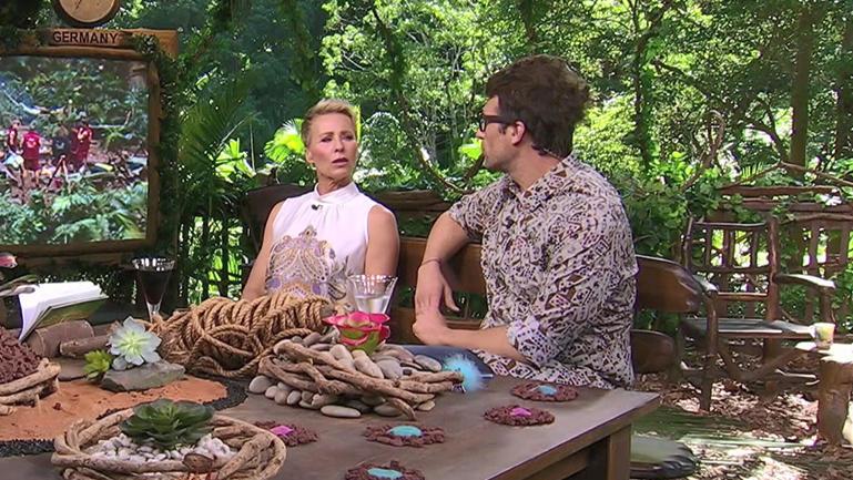 Werden es sich Sonja Zietlow und Daniel Hartwich kommende Staffel in einem britischen Baumhaus bequem machen?