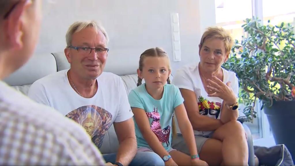 Familie Klaus und Enkelin