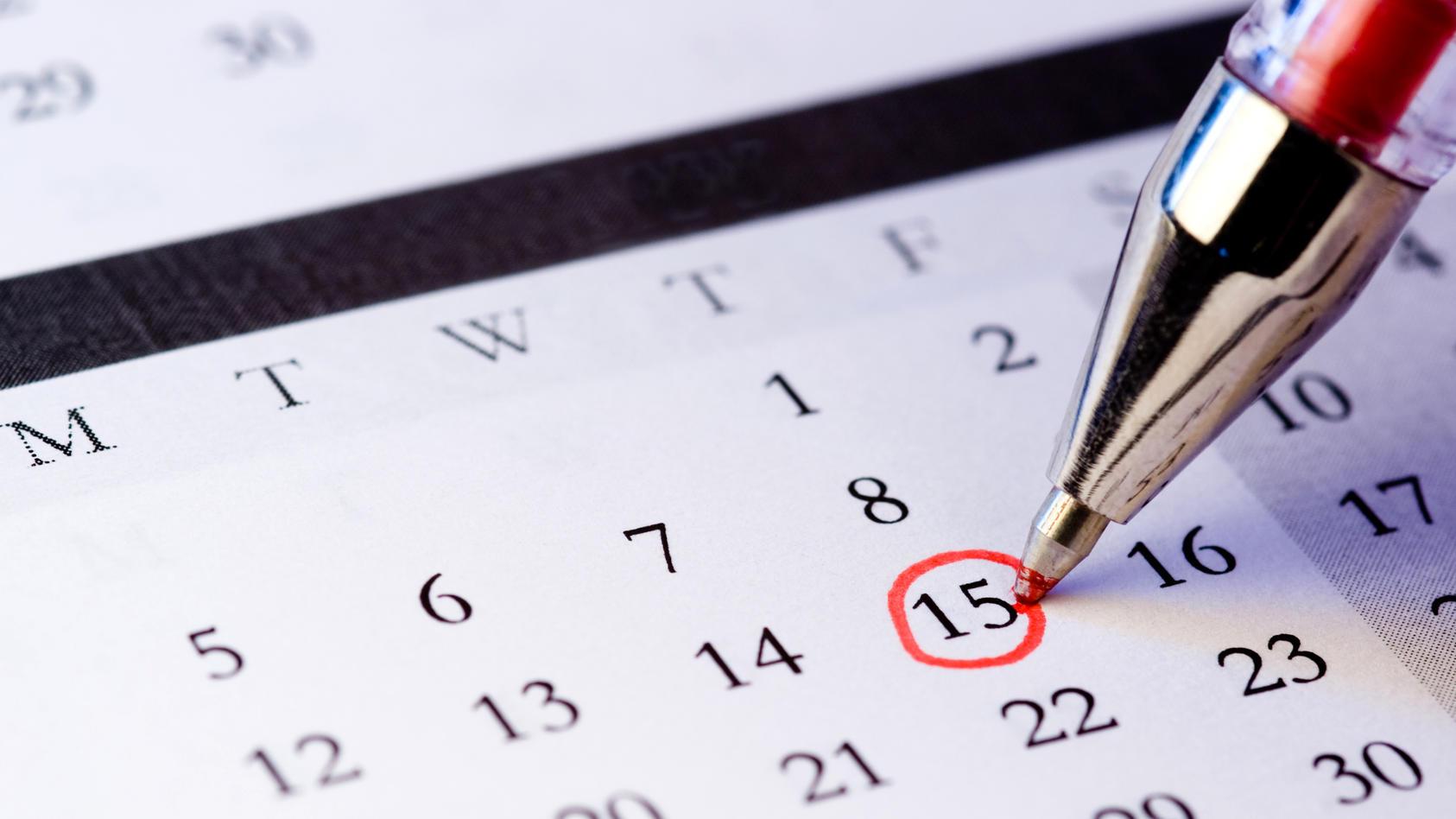 Schicksalstag berechnen: Sie müssen nur die Quersumme aus Ihrem Geburtsdatum bilden, um mehr über sich selbst zu erfahren.