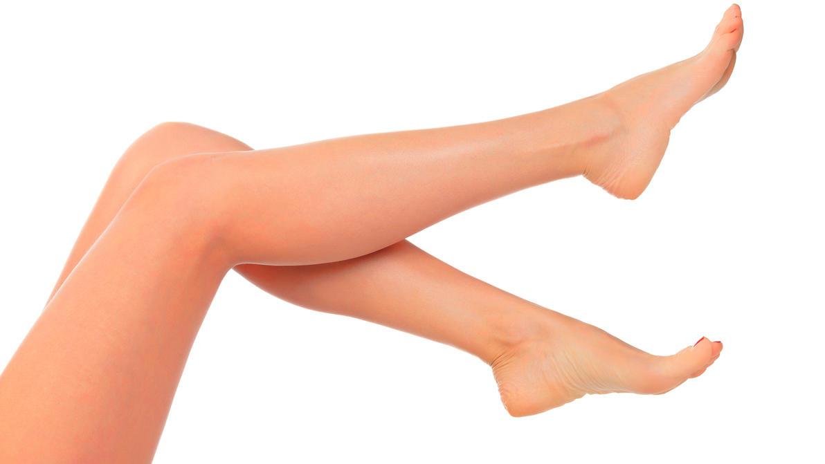 Beine enthaaren? Das geht auch ohne Rasieren.