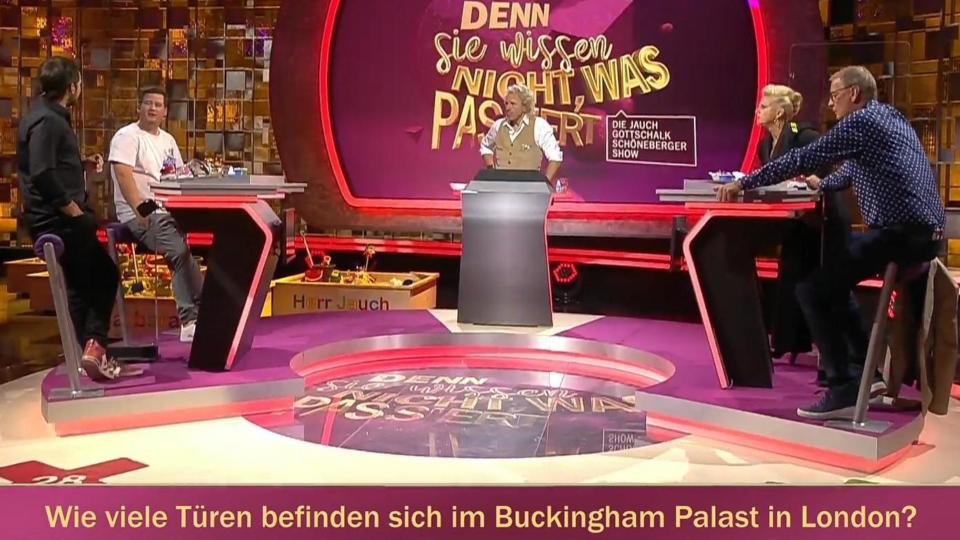 quizrunde-mit-jauch-co-zahlen-frage-zum-buckingham-palast