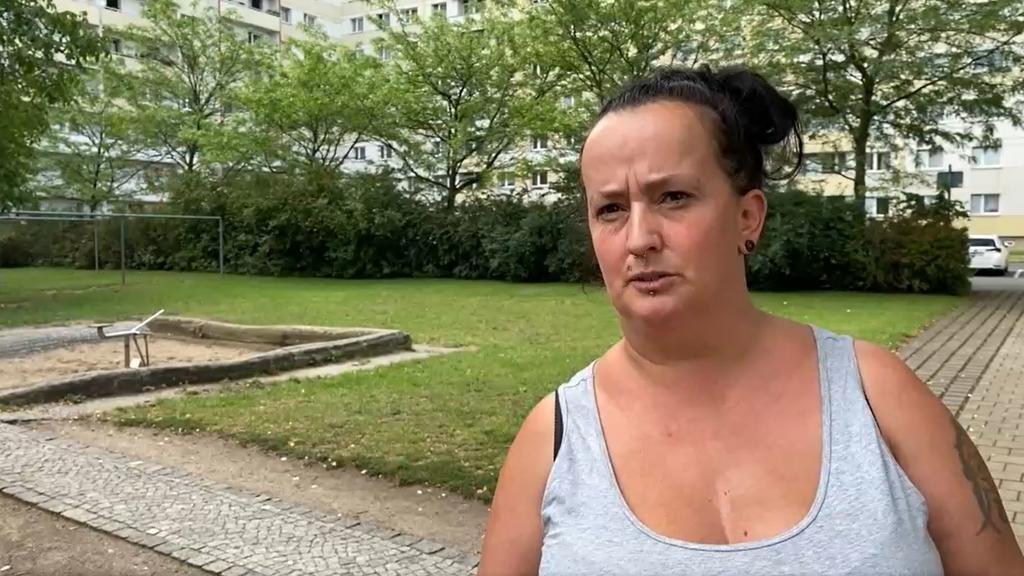 Augenzeugin Christin R. versucht, den Sechsjährigen wiederzubeleben, doch die Unfallfahrer hielten sie davon ab, erzählte sie.
