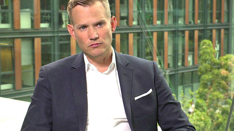 Im Interview mit RTL plädiert der Bonner Virologe Hendrik Streeck dafür, sich mehr auf die Belegung in den Krankenhäusern zu fokussieren, statt nur auf die Infektionszahlen zu schauen.