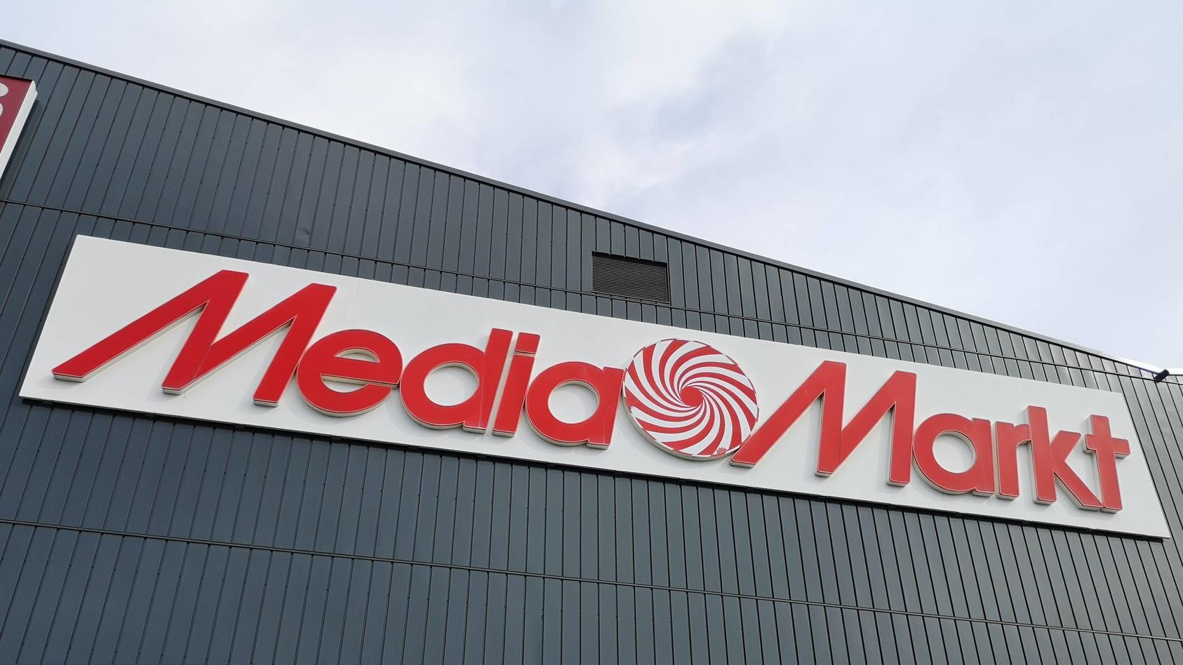 geld für zeugnis bei media markt