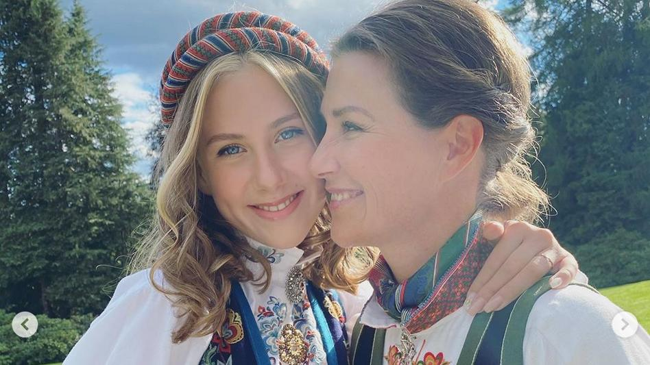 Märtha Louise mit ihrer Tochter Leah Isadora bei deren Konfirmation.