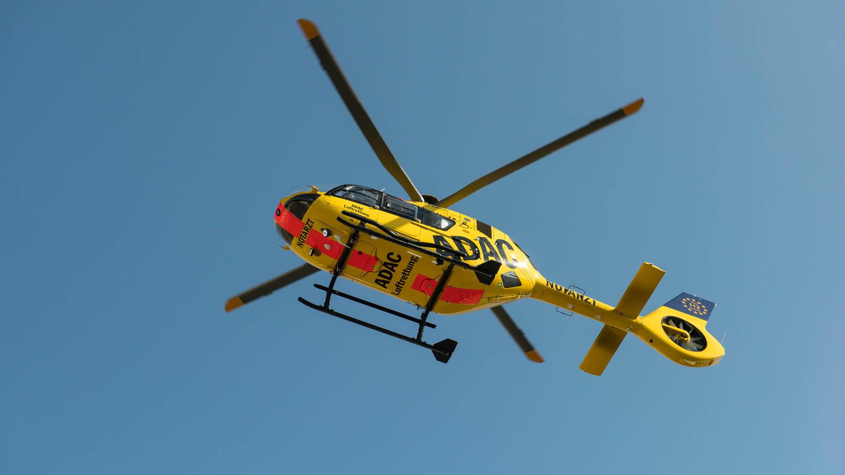 Ein Rettungshubschrauber wurde angefordert (Symbolbild)