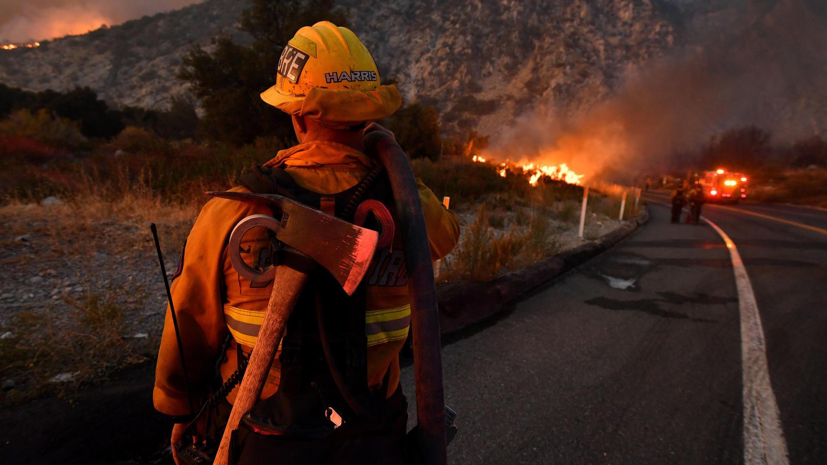 29.000 Feuerwehrleute kämpfen gegen die Waldbrände in Kalifornien an.