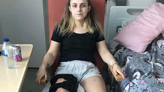 Meredith während ihres sechswöchigen Aufenthalts im Krankenhaus