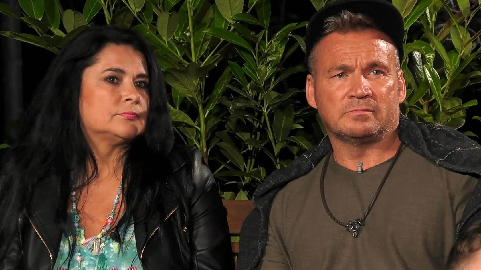 """Nachzügler haben es nie leicht: Iris und Peter Klein landen im """"Sommerhaus der Stars"""" auf dem ersten Platz der Abschussliste."""