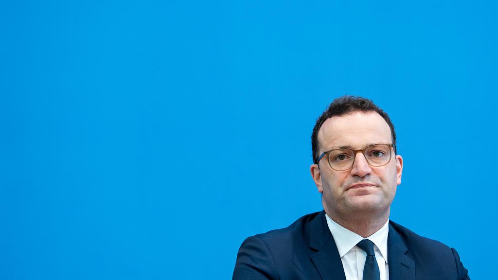23.09.2020, Berlin: Jens Spahn (CDU), Bundesgesundheitsminister, äußert sich bei einer Pressekonferenz zur Corona-Warn-App, die seit 100 Tagen von den Bürgen genutzt werden kann. Foto: Bernd von Jutrczenka/dpa Pool/dpa +++ dpa-Bildfunk +++