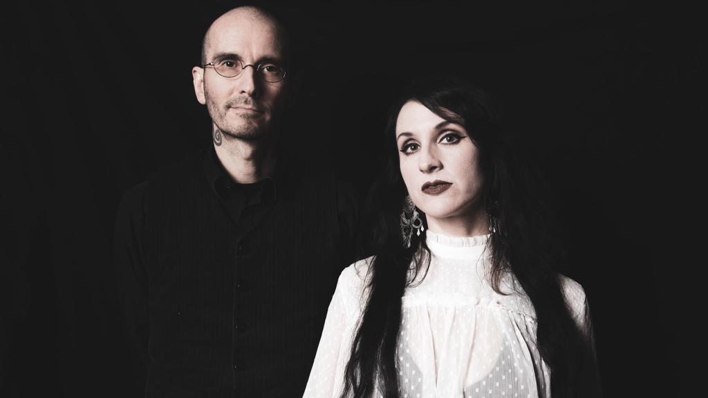 Am 30. Oktober erscheint das Album von Dr. Bianca Stücker und Dr. Mark Benecke.