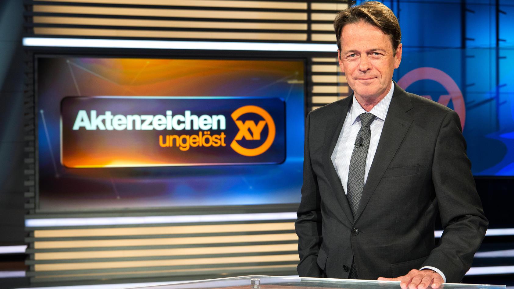 """Rudi Cerne führt seit 2002 durch die ZDF-Sendung """"Aktenzeichen XY ... ungelöst""""."""