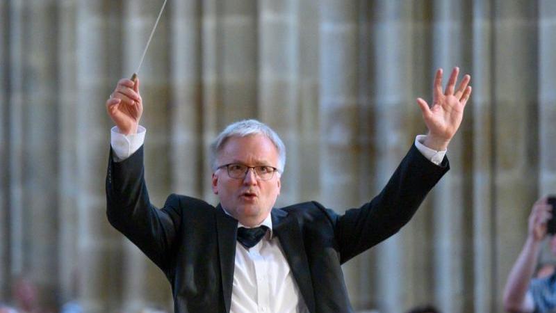 Der Dirigent Ekkehard Klemm. Foto: Klaus Dieter Brühl/HfM Dresden/dpa/Archivbild