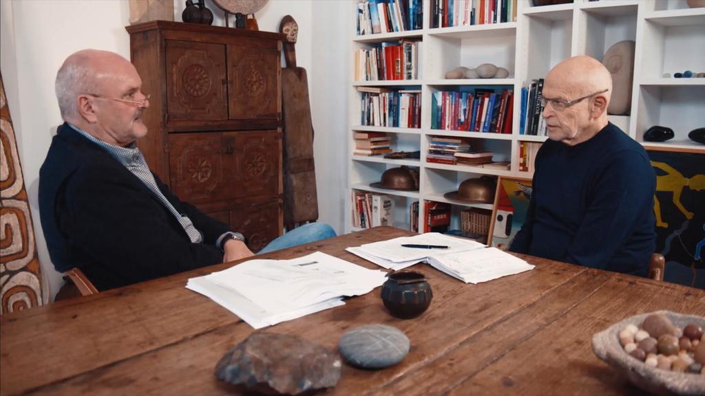 Ex-DRK-Präsidiumsmitglied Markus Ostermeier im Gespräch mit Günter Wallraff.