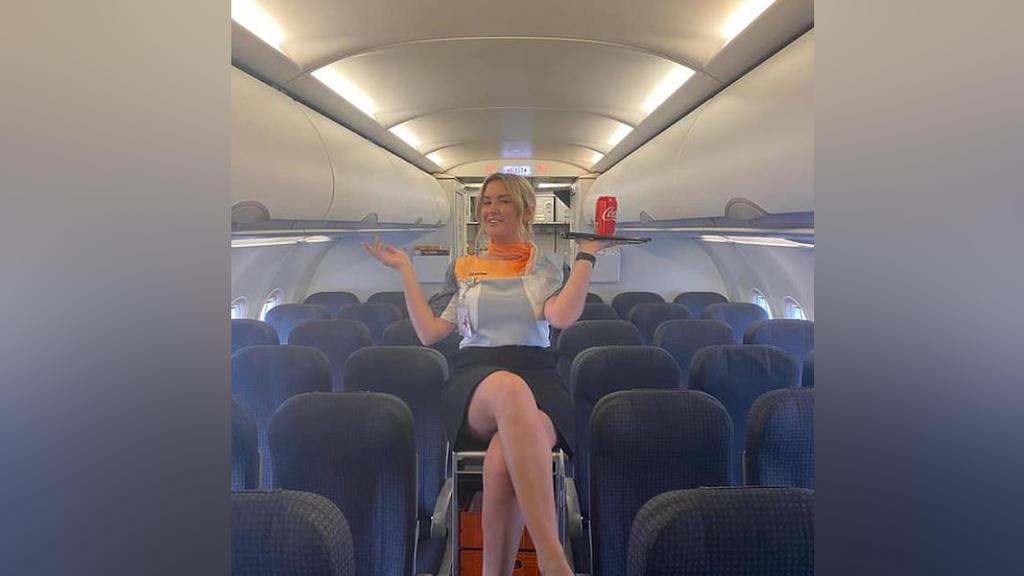 """Wie die """"Daily Mail"""" schreibt, war sie zuletzt alsStewardess bei der Billigfluggesellschaft Tiger Air tätig."""