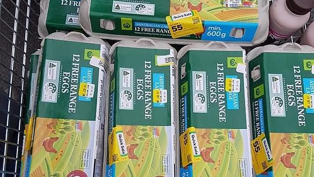 Eine Einkaufswagen Eier hat Shelly in ihrem Supermarkt gekauft - alle einen Tag vor Verfallsdatum.
