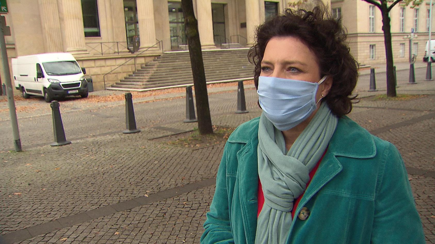 Gesundheitsministerin Carola Reimann im Interview.