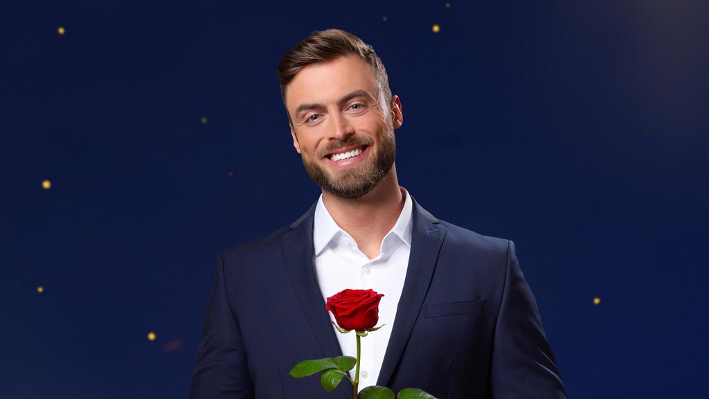 Ab Januar hat er die Rosen in der Hand.