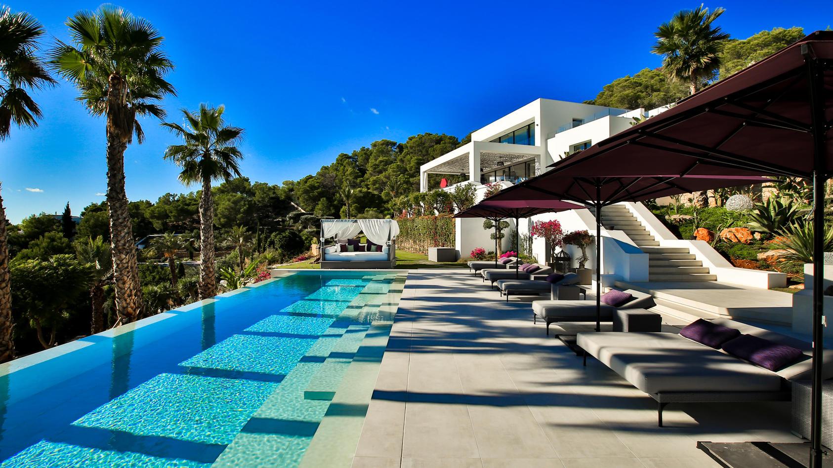 Diese Luxusvilla haben die Coronahelfer ganz für sich alleine (Quelle: Ibiza One)