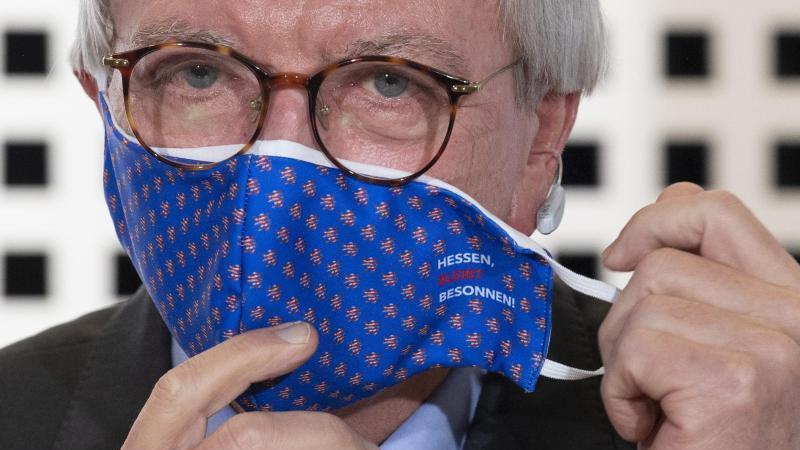 Der hessische Ministerpräsident Volker Bouffier (CDU). Foto: Boris Roessler/dpa/Archivbild