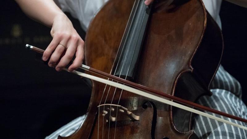 Musik machen: Das kann ein Mittel gegen psychische Belastungen durch die Corona-Krise sein. Foto: Hendrik Schmidt/dpa-Zentralbild/dpa
