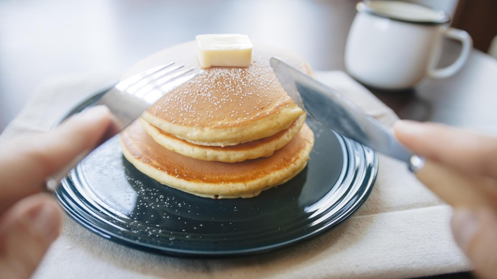 Pancakes können Sie auch nur mit 2 Zutaten machen!