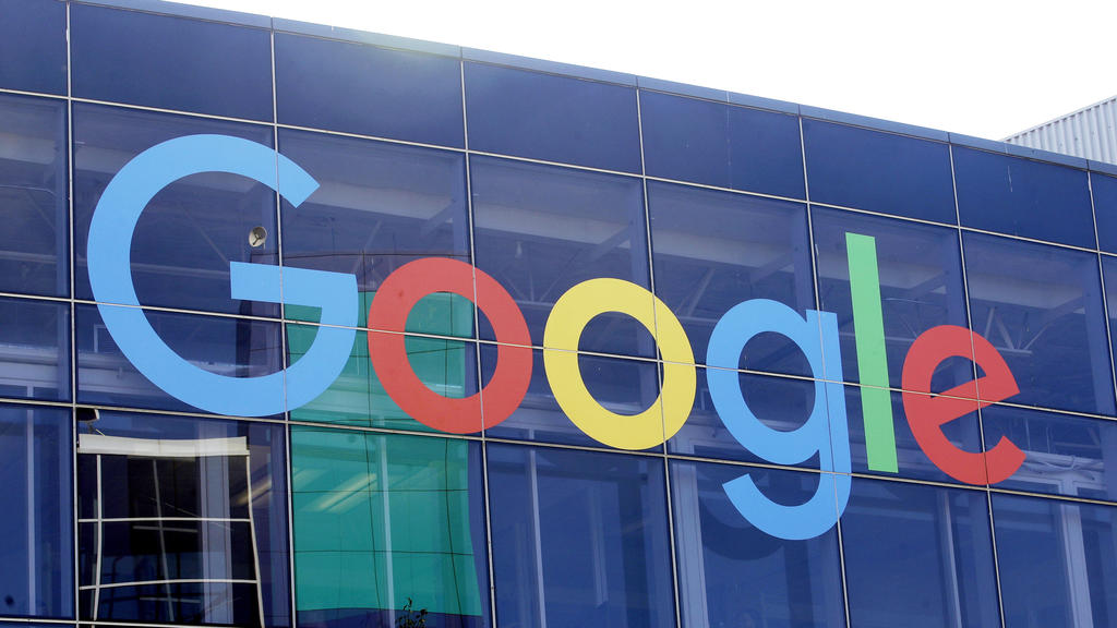 Plant Google weitere  kostenpflichtige Dienste? Branchen-Insider rechnen damit.