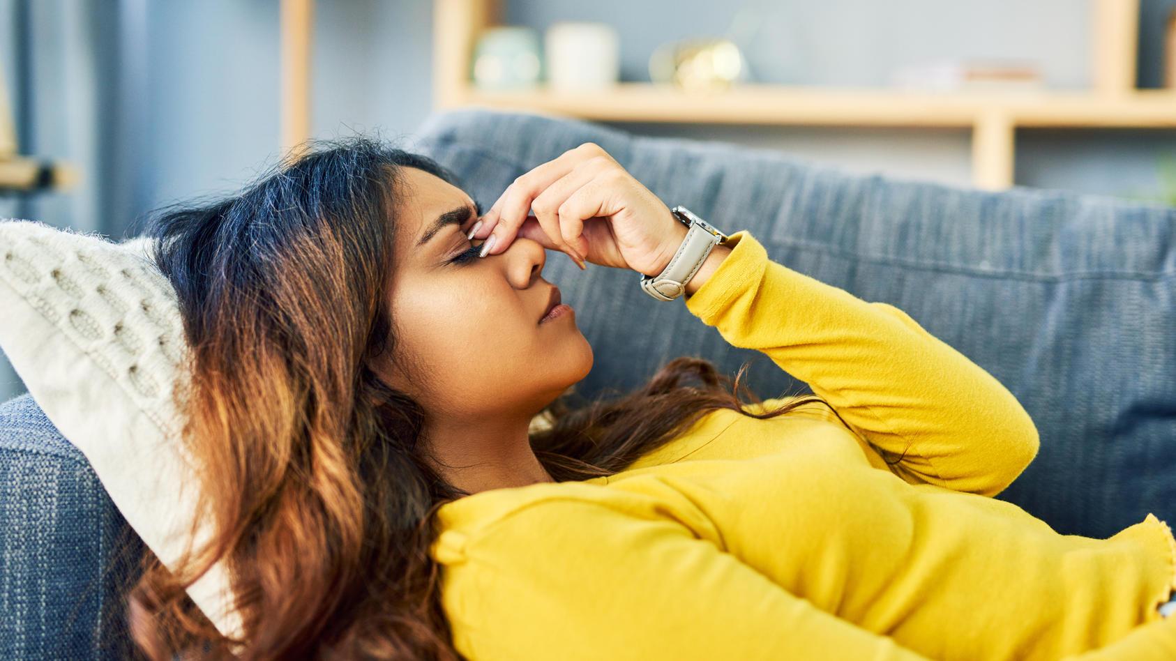 Stress gehört für viele Menschen zum Alltag. Wir haben ein paar Tipps und Tricks, wie Sie Stress bewältigen können.