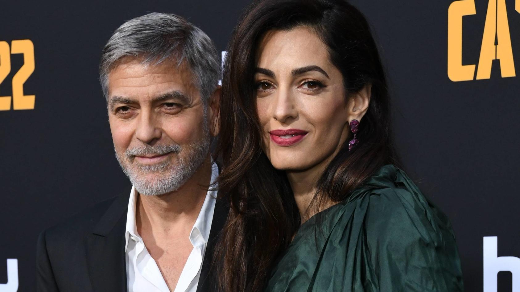 George Clooney mit seiner Frau Amal Clooney