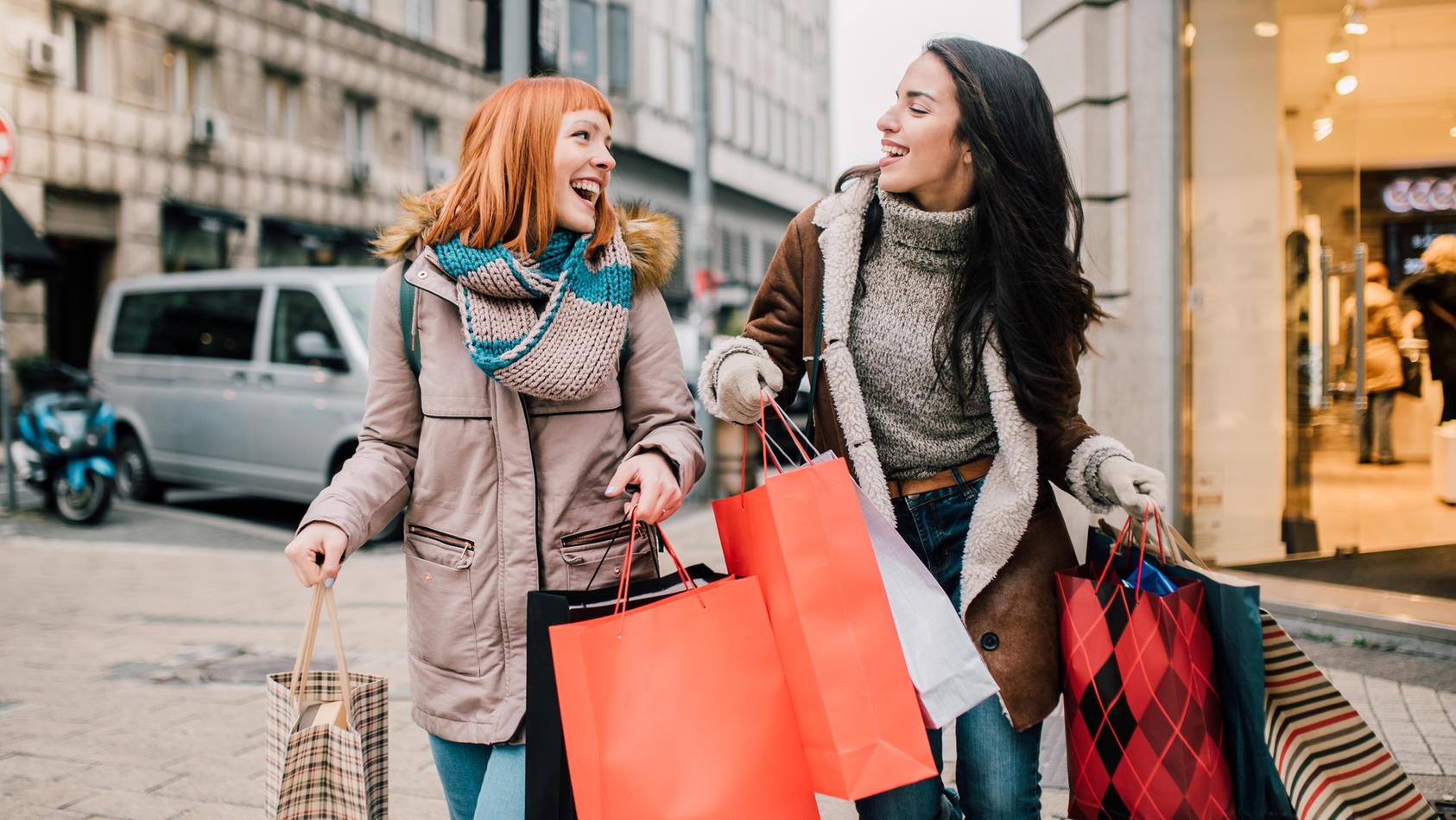 Black Friday Week bei Zalando Lounge heißt: Shoppen, shoppen und noch mal shoppen! Die besten Deals haben wir für Sie zusammengefasst.