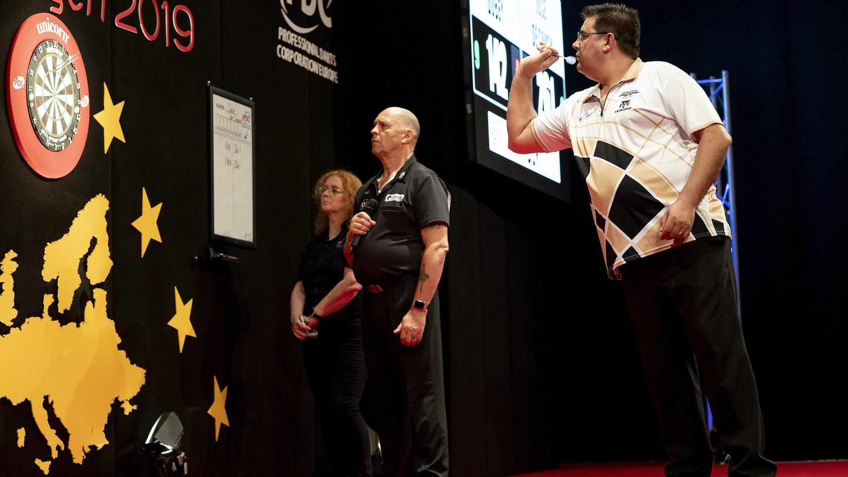 Sensation beim Grand Slam of Darts: Der Newcomer José de Sousa gewinnt eines der wichtigsten Dartsturniere des Jahres.