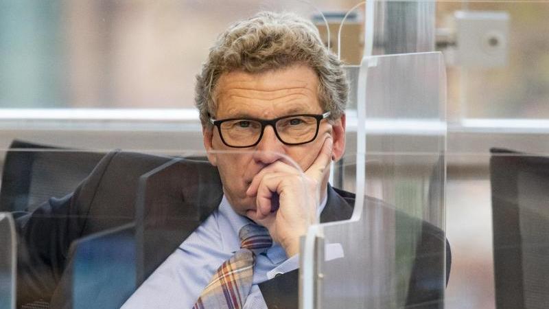 Bernd Buchholz (FDP) sitzt imLandtag von Schleswig-Holstein. Foto: Axel Heimken/dpa