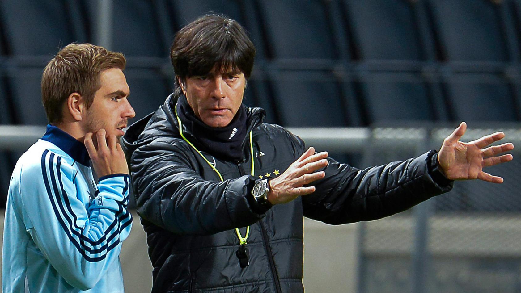 Philipp Lahm (l.) holte unter Bundestrainer Joachim Löw 2014 den Weltmeister-Titel.