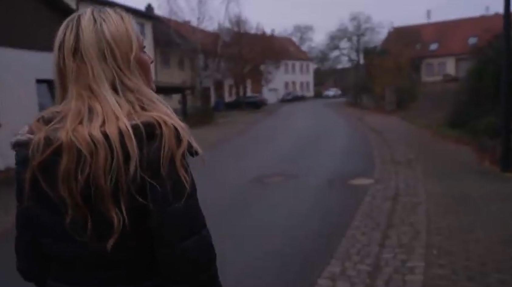RTL-Reporterin Melanie Britz recherchierte in Kleinbundenbach.