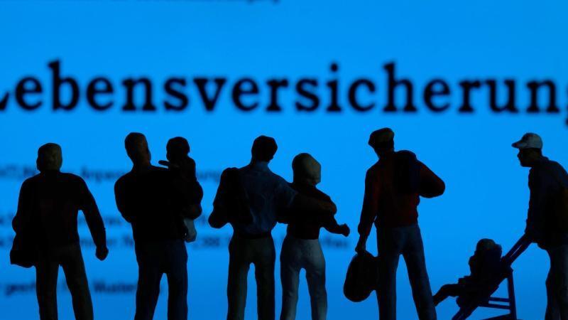 In bestimmten Fällen können Kunden ihre Lebensversicherung kündigen. Foto: Jens Büttner/dpa-Zentralbild/dpa-tmn
