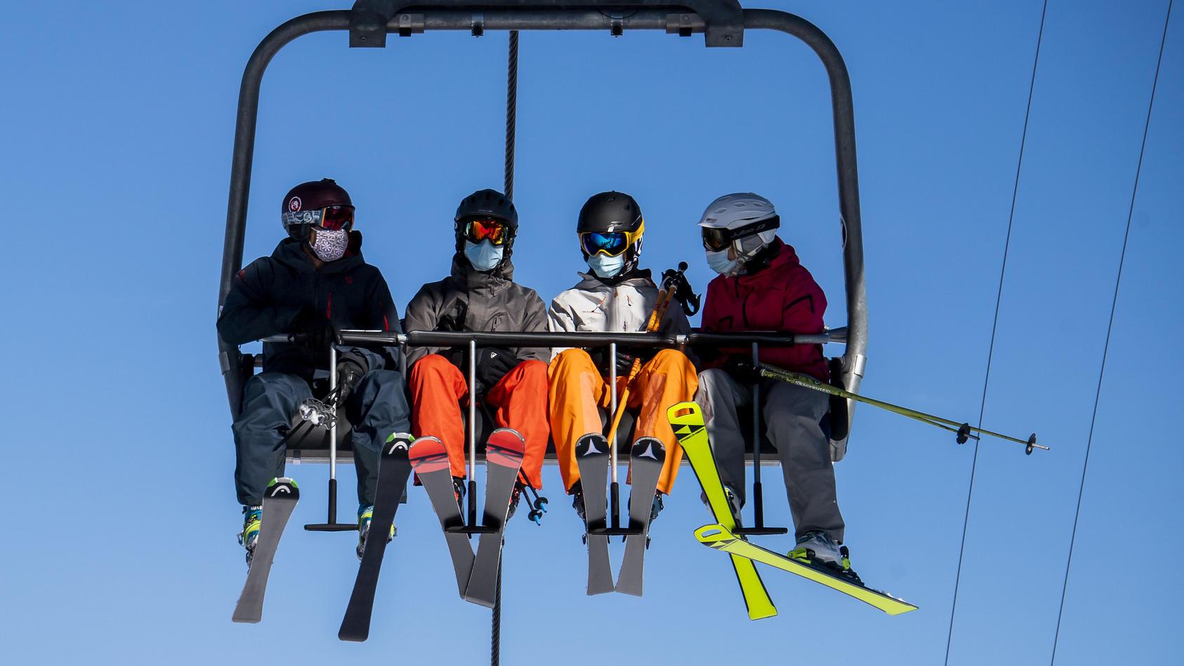 Der Tourismusbeauftragte der Bundesregierung, Thomas Bareiß, will trotz Corona kein Verbot der Skisaison