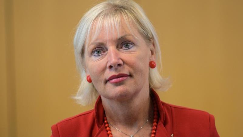 Prof. Dr. Kristina Sinemus (Parteilos), Digitalisierungsministerin von Hessen. Foto: Andreas Arnold/dpa/Archivbild