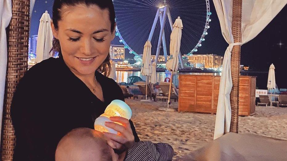 Fiona Erdmann mit ihrem Baby