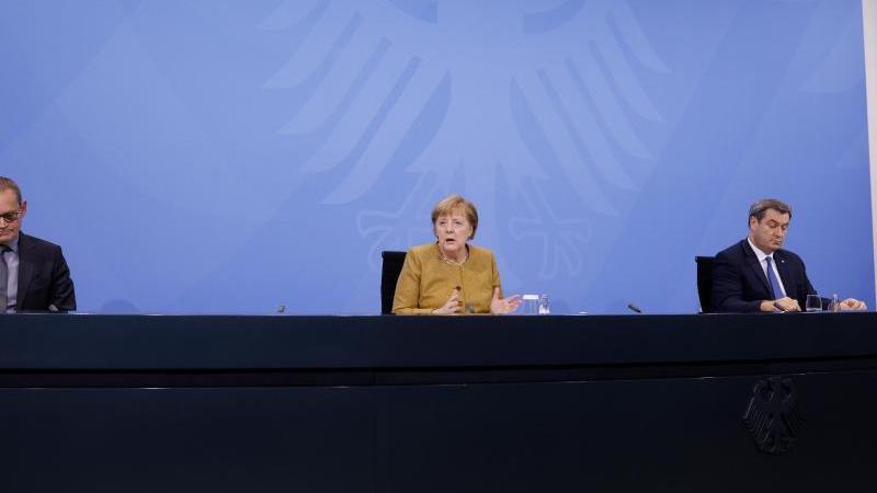 Es sei nicht kontrollierbar, ob nur Gäste in den Hotels übernachteten, die tatsächlich Verwandte in der Region besuchten, begründete Merkel demnach ihre Kritik. Foto: Odd Andersen/AFP/POOL/dpa