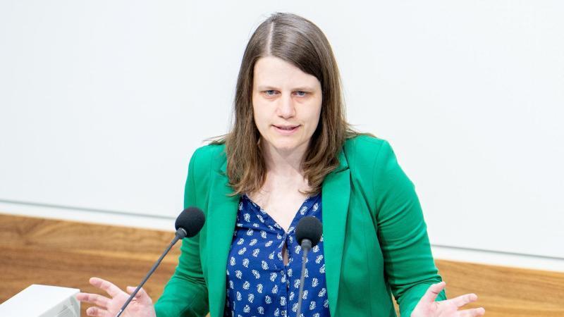 Julia Willie (Grüne), Fraktionsvorsitzende in Niedersachsen. Foto: Hauke-Christian Dittrich/dpa/Archivbild