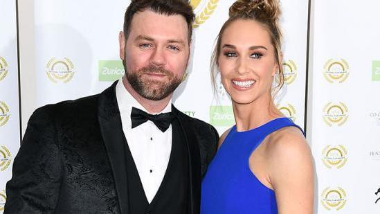 Sänger Brian McFadden und seine Verlobte Danielle Parkinson sind voller Vorfreude auf ihr erstes gemeinsames Kind
