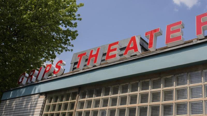 Blick auf das Berliner Grips-Theater. Foto: Theresa Kottas-Heldenberg/dpa