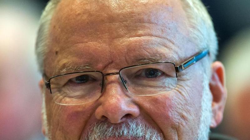 Der frühere Ministerpräsident von Mecklenburg-Vorpommern, Harald Ringstorff (SPD). Foto: Jens Büttner/dpa-Zentralbild/dpa/Archivbild