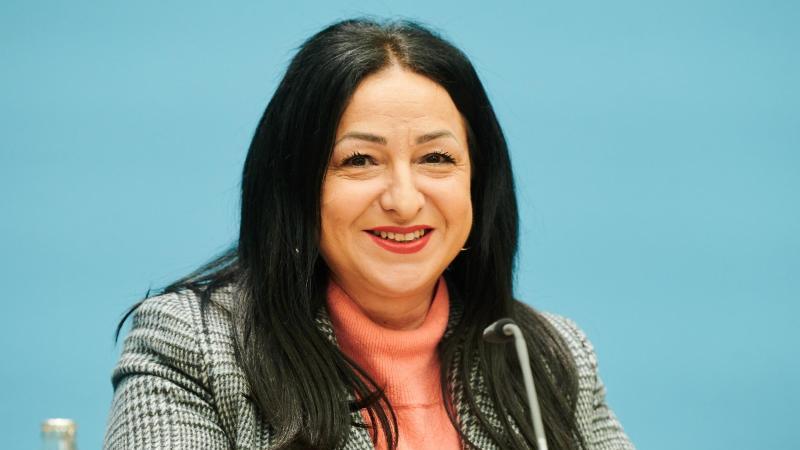 Dilek Kalayci, Berliner Senatorin für Gesundheit, Pflege und Gleichstellung. Foto: Annette Riedl/dpa/Archivbild