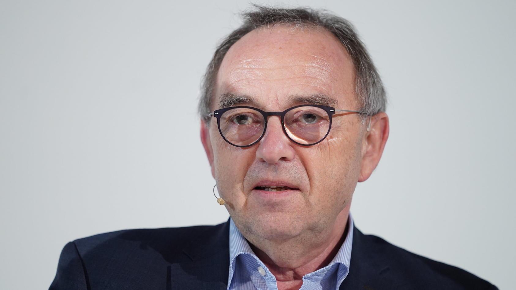 """Norbert Walter-Borjans: """"Krisengewinner an den Folgen der Corona-Pandemie beteiligen."""""""